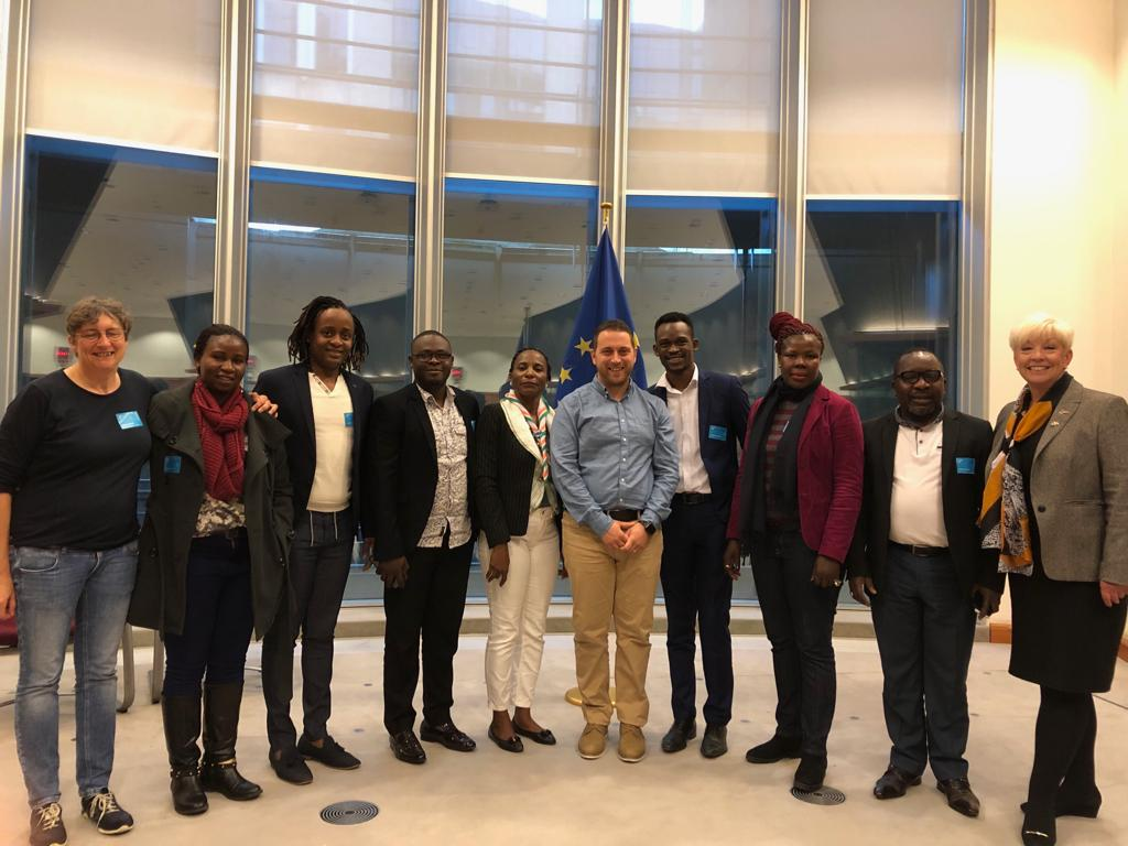 To live & love free from the threat of violence or stigma is a human right. I met with #LGBTI activists from across Africa & co-signed the resolution passed by @Europarl_EN. We sent a clear message to the Gov of #Uganda that it must abide by international human rights law