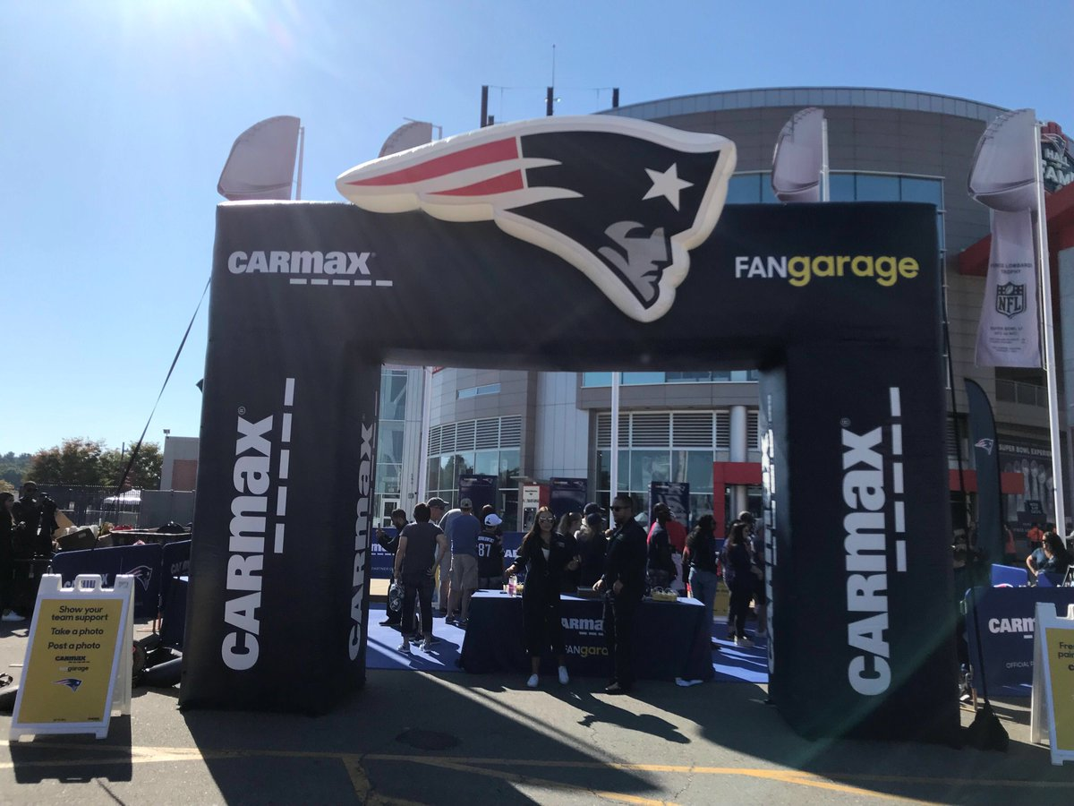 Hey @patriots fans, I will be back at the @CarMax Fan Garage this Sunday outside of the Patriots ProShop. Stop by before the game around 1:45!