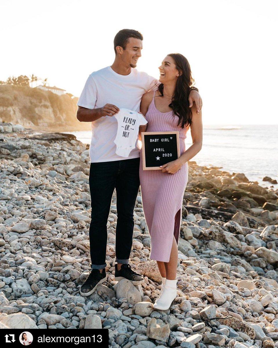 Félicitations à @alexmorgan13 et à son mari pour cette magnifique nouvelle 👼🏻 Congratulations to @alexmorgan13 and her husband for this wonderful news 🥰