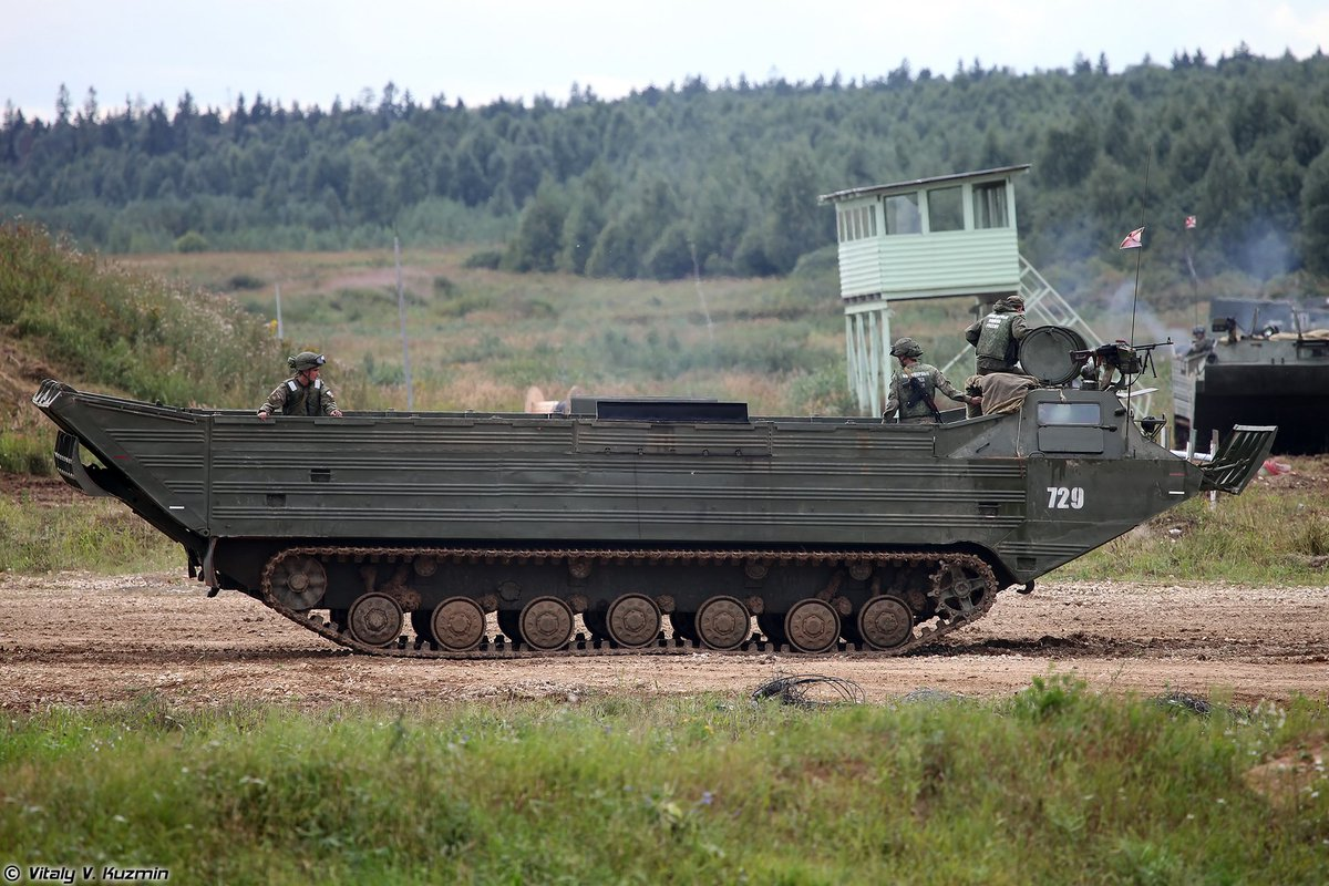 Плавающий транспортер танк зеркало б у на фольксваген транспортер