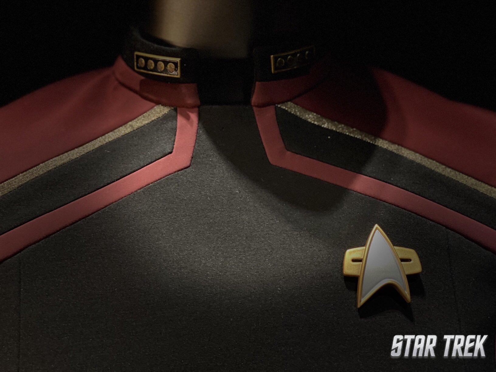 [Série] Star Trek Picard - Page 4 EHuykIBXYAIPTHJ?format=jpg&name=large