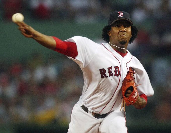 Happy 48th Birthday to former pitcher and Hall of Famer, Pedro Martinez!