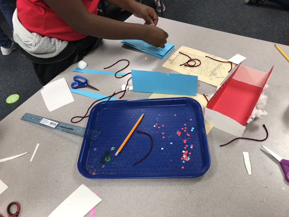3rd grade Scientists @HemmenwayStreak are working hard during @CFISDScience Day of Design