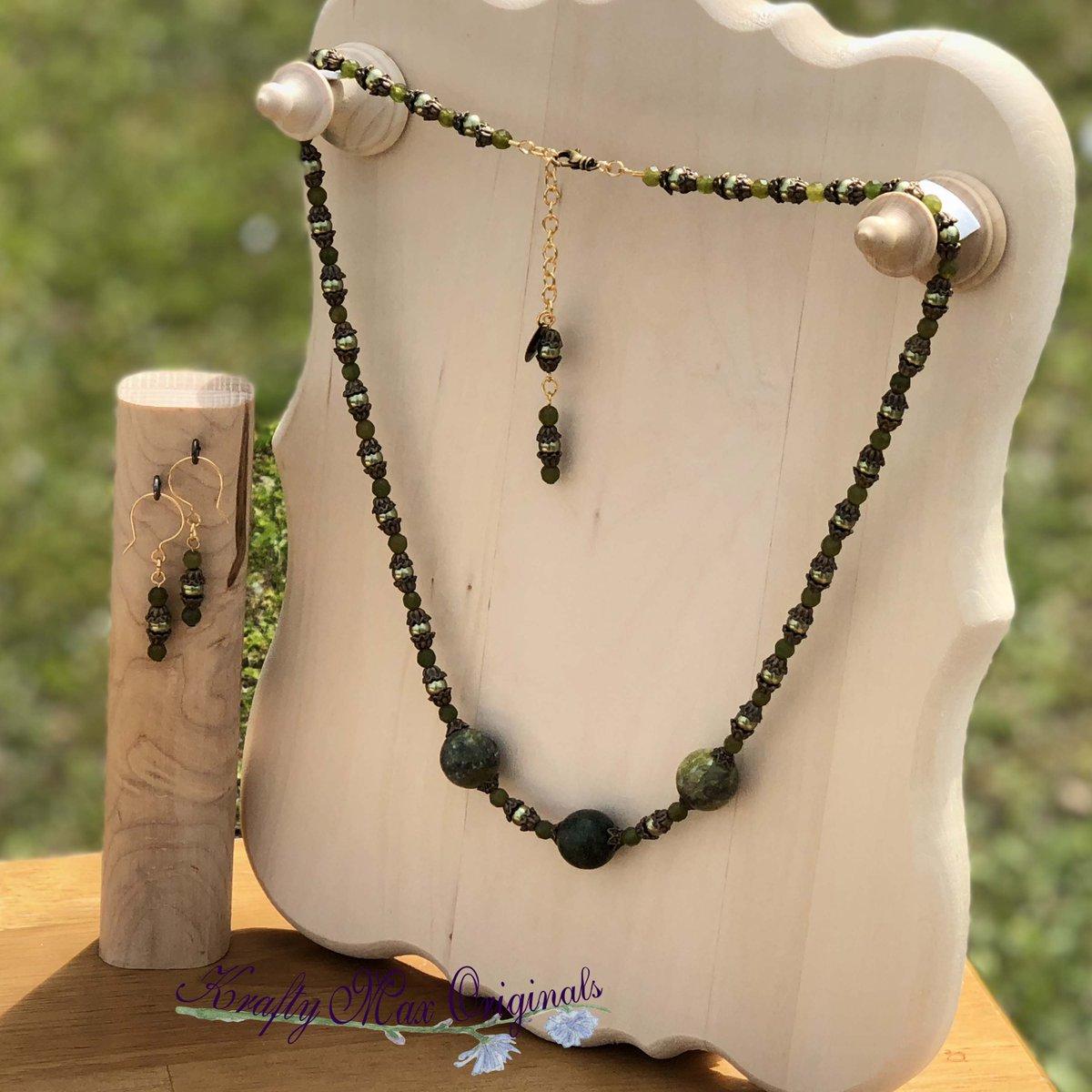 Green Gemstone and Swarovski Pearls Necklace Set $38  #handmade #jewelry #supporthandmade #buyhandmade #handmadelove #jewelrydesigner #jewelryart #uniquejewelry #handcrafted #kraftymax #kmax
