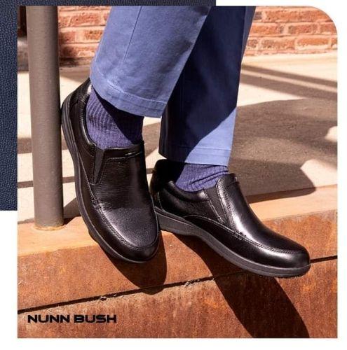 @brandysshoes . . #brandysshoes #buynoe CAM SLIP-ON es ideal para esas esas salida con los colegas, demuestra seguridad en cada paso con los estilos de Nunn Bush. #FlorsheimGT#NunnBush#Mens#LifeStyle#Fashion#MensWear#ModaGuatemala