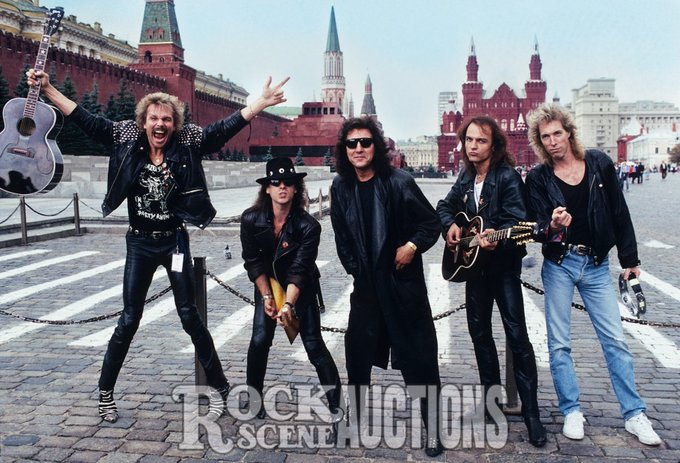 Happy Birthday to Matthias Jabs, born on October 25, 1955. Scorpions 1989