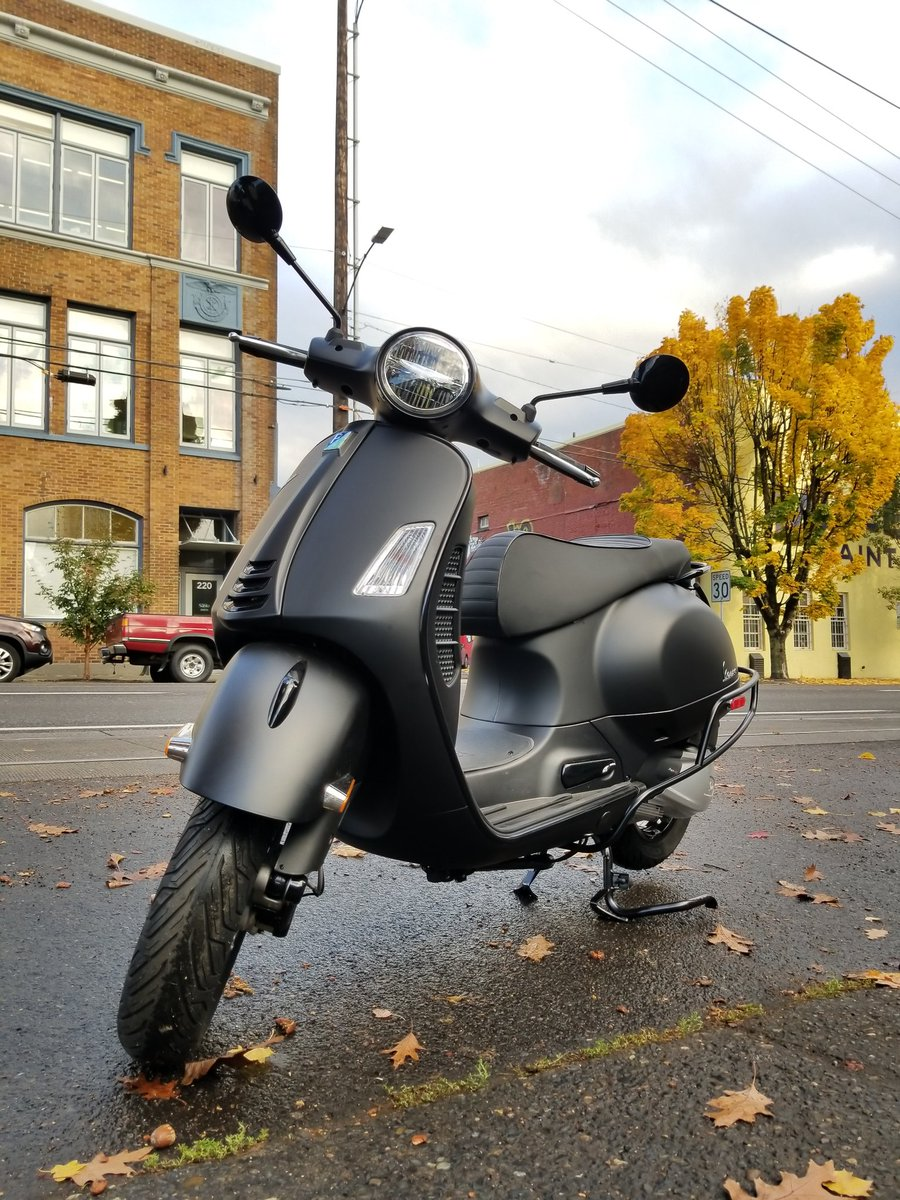 Vespa Portland On Twitter The Primavera Sport 150 And Gts 300 Notte Look Outstanding With Blackened Cowl Guards Cowl Guards Will Help Protect Your Scooter S Frame And They Look Pretty Dang Good