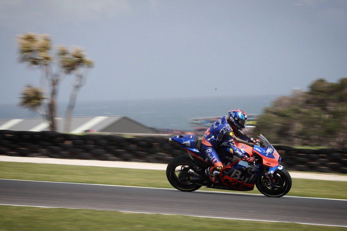 Stormy weather prevents Qualifying at Phillip Island 👉🏻 bit.ly/2HdNMkv #KTM #Tech3 #MotoGP #HS55 #MO88 @MotoGP #AustralianGP