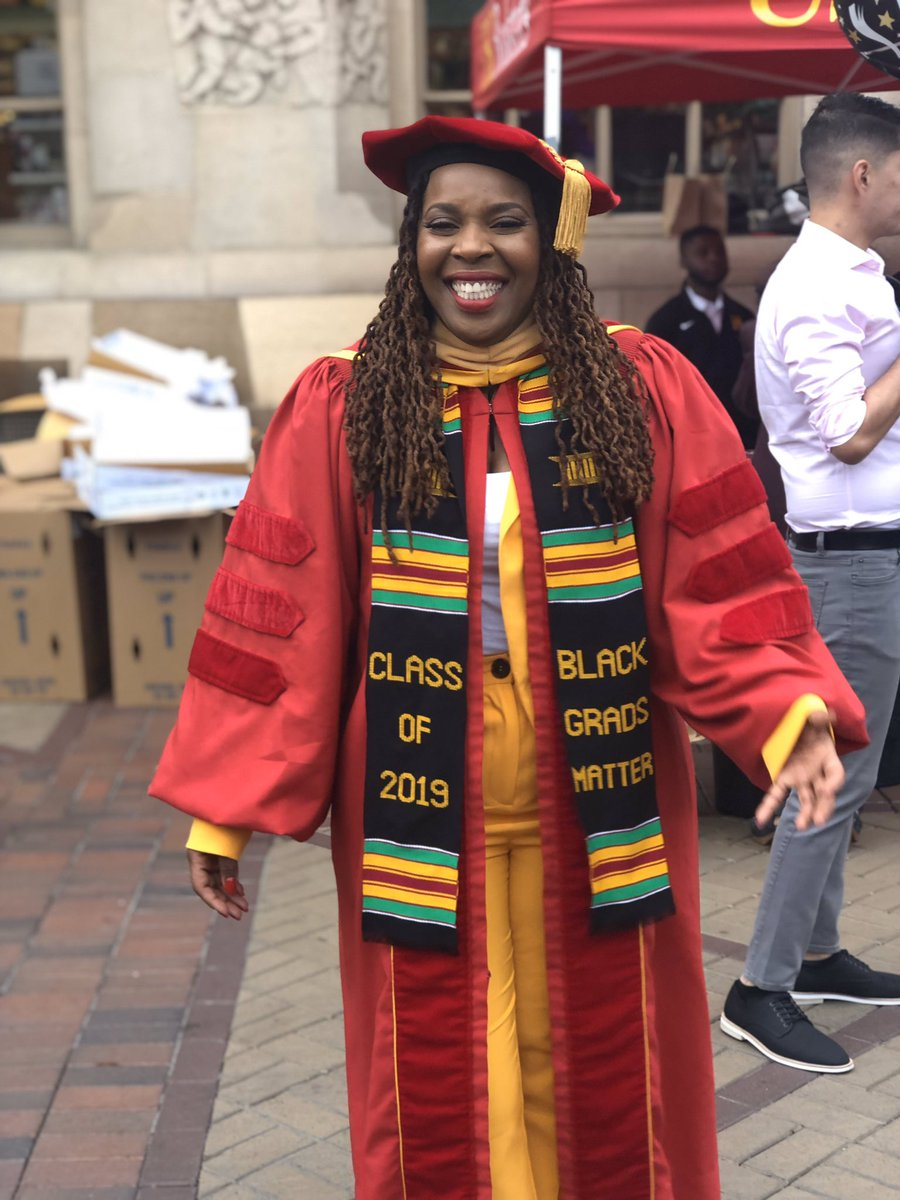 Dr. Tiffany Llewellyn, DSW, LCSW-C has a Doctor of Social Work from @USC. She has an Associate & BS in Social Work from Medgar Evers College & MSW from Hunter College. She is a DACA recipient who defied all odds to achieve success, and empowers immigrants to pursue their dreams.