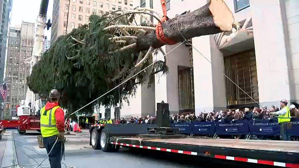 Rockefeller Center Christmas Tree arrives in NYC