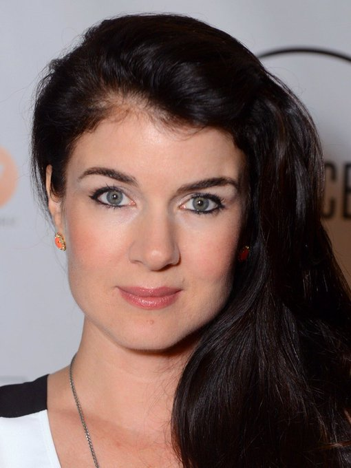 Happy Birthday actress Gabrielle Miller