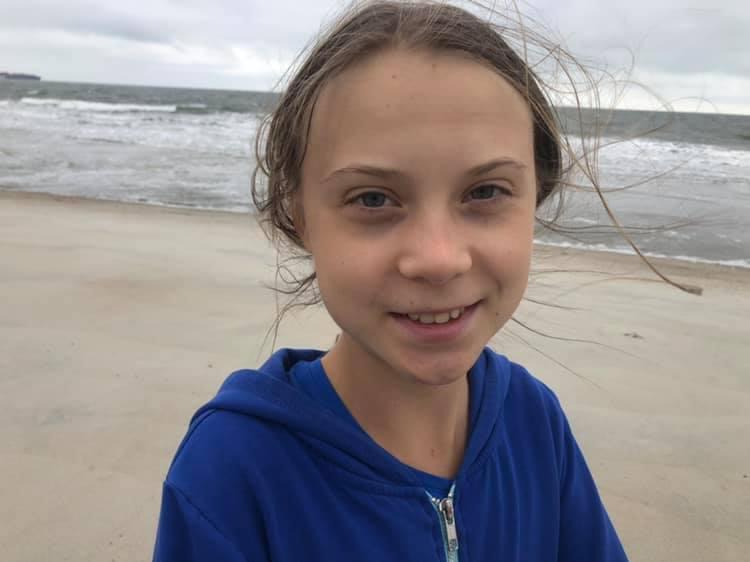 Dear @GretaThunberg, you look really tired. We all appreciate what you are doing, but you need to rest, please. La luta continua🙏 #ClimateCrisis #GretaThurnberg