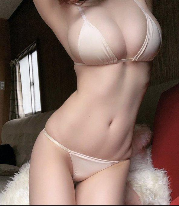 グラビアアイドル清水あいりのTwitter自撮りエロ画像8
