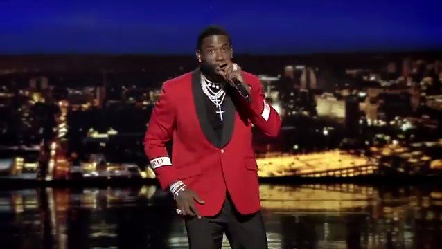 "Tweet from Fallon Tonight (@FallonTonight ) Fallon Tonight (@FallonTonight ) Tweeted: Gucci Mane (@gucci1017 ) performs a trap version of ""The Eyes of Texas"" #FallonAtUT"
