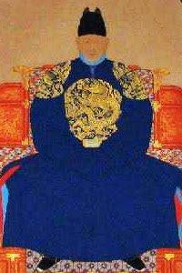 @seijichishin ちなみに、朝鮮王が着ていた服には官位を表す丸い龍の刺繍がありますね。 https://t.co/2781BPLjrR