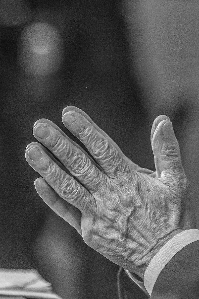 #LulaLibre la única lucha que se pierde es la que se abandona. Cuando entrevistamos a @LulaOficial el 11 de septiembre en Curitiba nos dijo que deseaba su libertad para volver a las calles y despertar la consciencia de su pueblo. Agarrense, esto recién comienza.