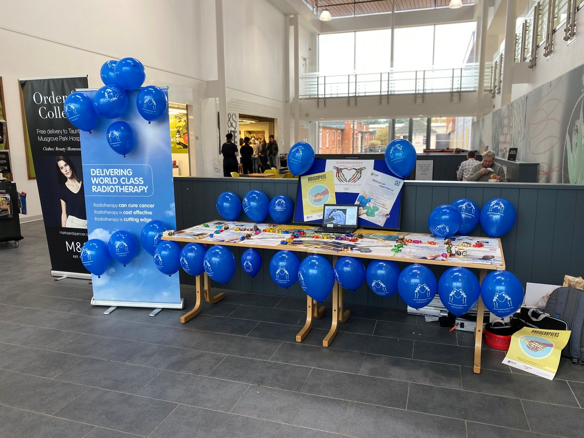 Happy World Radiography Day everyone! The Beacon Radiotherapy team are set up for #WRD2019 #WorldRadiographyDay @MusgrovePark . Our proud therapeutic radiographers @SCoRMembers are on concourse to speak to you about everything radiotherapy & feed you sweets ! @ActionRTherapy