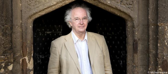 .@PhilipPullman receives J M Barrie Award: bit.ly/2qCmu0Q