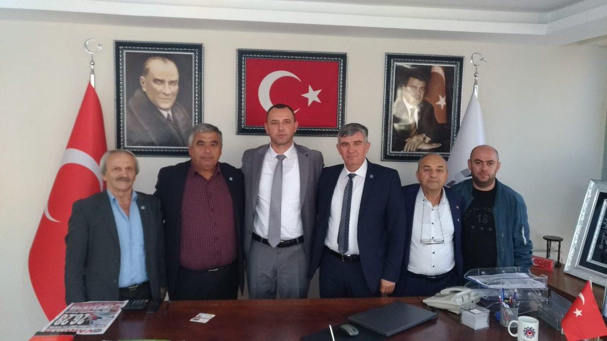 İYİ Parti Kapaklı İlçe Yönetimi olarak Kapaklıda faaliyete geçen Türk Metal  Sendikası Kapaklı Şubesini ziyaret ettik.Türk Metal Sendikası Kapaklı Şube Başkanı Sayın Günay Özdene hayırlı olsun diyerek , görevinde başarılar diledik.