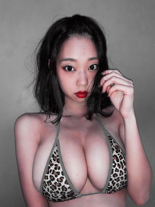 グラビアアイドル青山ひかるのTwitter自撮りエロ画像11