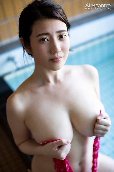 グラビアアイドル草野綾のTwitter自撮りエロ画像9