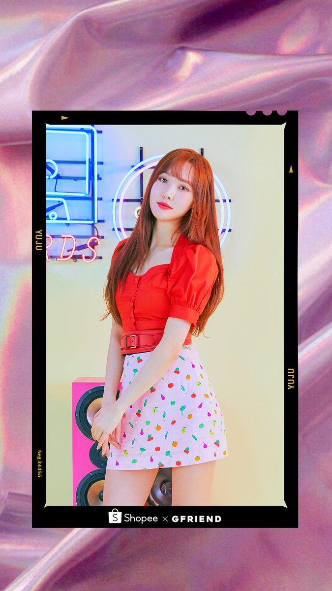 Baju merah jangan sampe lepas~ Buddy, hari ini aku kaasih konten spesial Korean Fair wallpaper YUJU 😍😍  Langsung jadiin wallpaper kamu dong! Jangan lupa share ke aku pake #ShopeexYUJU #ShopeexGFRIEND yaaa https://t.co/OcJ1smKGKB