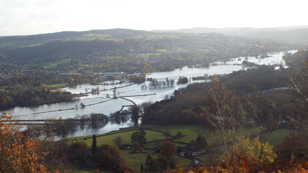 Photo shows extent of Darley Dale flooding bbc.in/2WXafsc