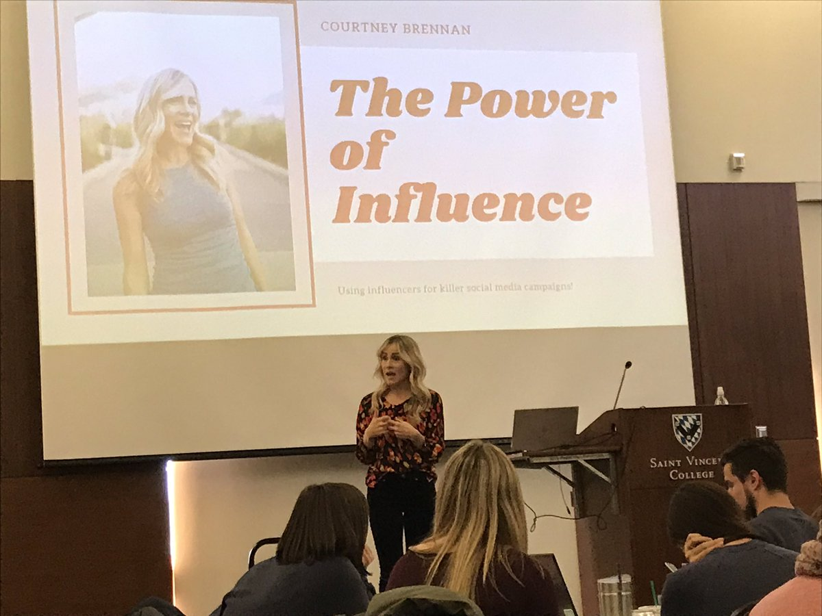 Keynote from Courtney Brennan on influencer marketing in social media. What a great, energizing day of learning! #LHsummit