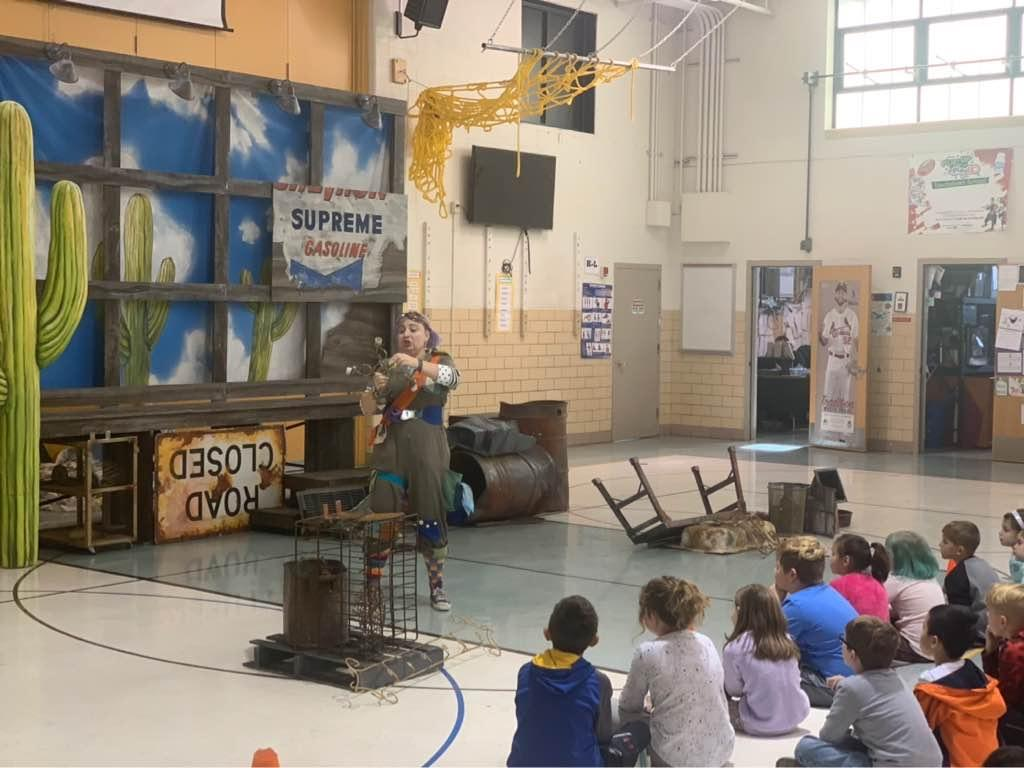 Metro Theater Company visits Kennerly to perform the live performances of The Girl Who Swallowed A Cactus!