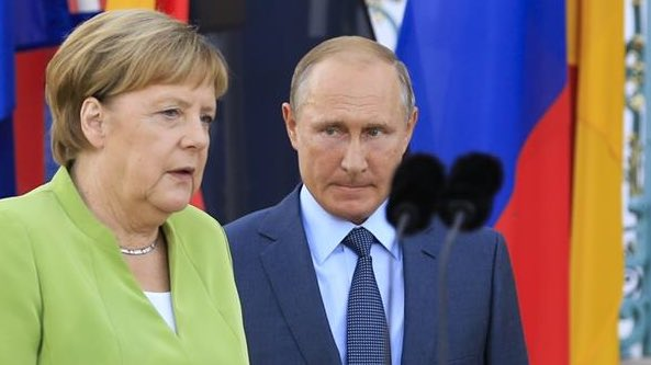 The EU is on a pro-Putin stance, letting him claim MORE of Europe's energy market, despite US and UK outrage. Germany has pushed his NordStream2 pipeline just like it leads EU Defence Union, another pro-Putin/anti-NATO project. Danish consent last week.👇 en-press.ens.dk/pressreleases/…