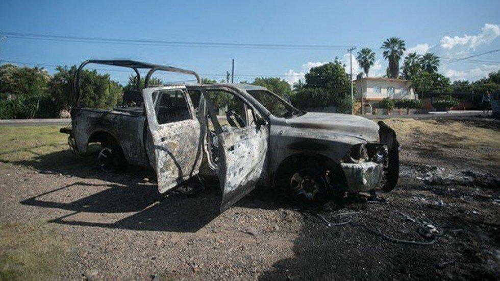 Continúan peritajes por asesinato de 13 policías en Aguililla, Michoacán http://bit.ly/2CsPnPO