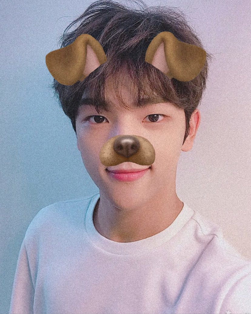 .・。.・゜✭・.・✫・゜・。.                    puppy love for woojin god                                  .・。.・゜✭・.・✫・゜・。.  #StaySelcaDay #WoojinGod <br>http://pic.twitter.com/oDxeZPe8t4