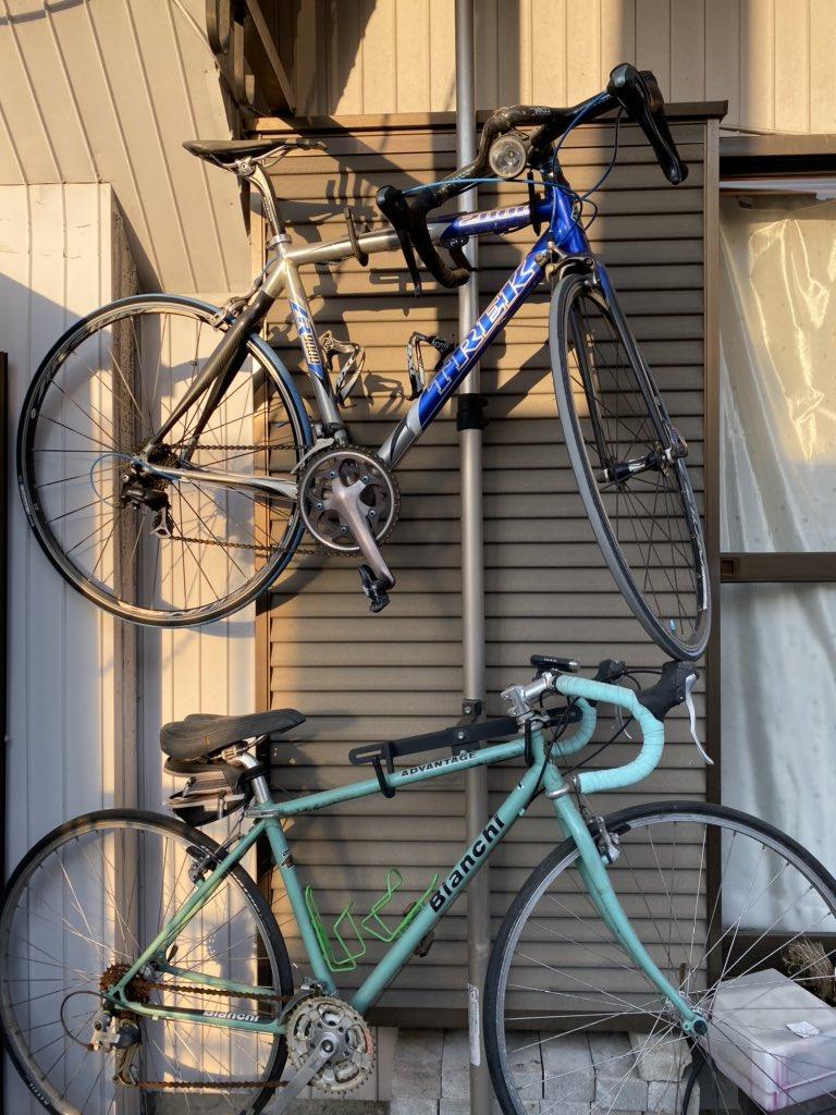 子供が生まれて6年間ずーっと放置の自転車達。ダイエットも兼ねてまた乗ろうかなー。