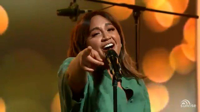 .@JessicaMauboy dropped in for a special weekend performance of new song 'Selfish' 👏🏻 https://t.co/e9Xr67AOBb