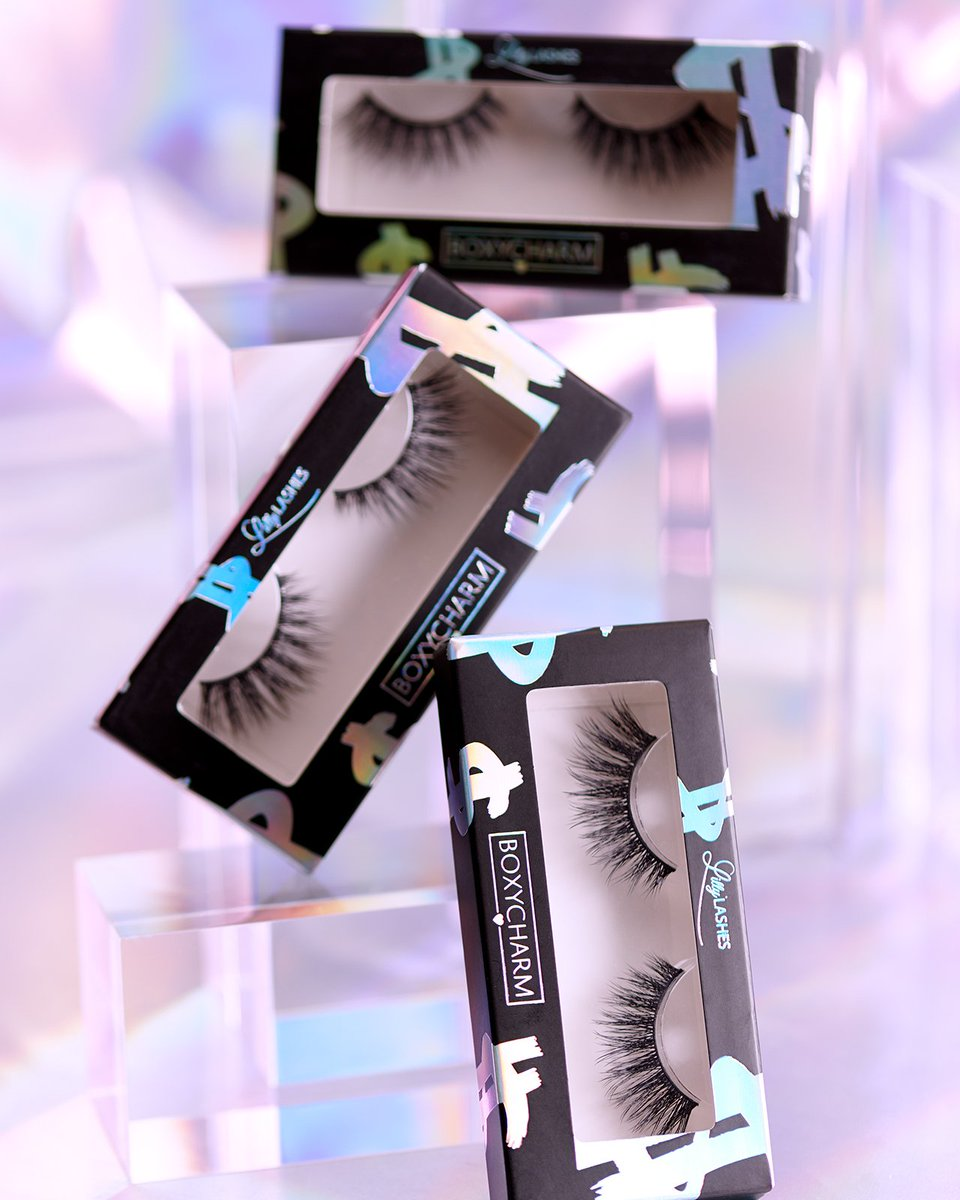 You can never go wrong with @LillyGhalichi  ultra glam 3D Faux Mink Lashes, it is exclusively designed for some our Charmers in Novembers BoxyCharm!💫