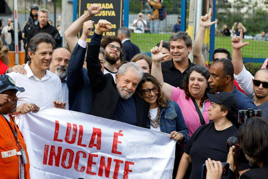 Brazil judge orders release of Lula after Supreme Court ruling https://t.co/GnScfwtqFp https://t.co/nWxKPdmdbQ