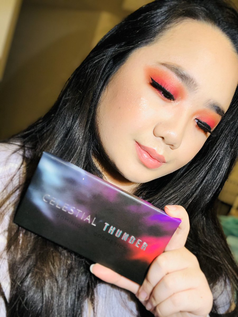 Loving this Stellar eye look on @YellowPanda101 , she used @dominiquemakup  Celestial Thunder Eyeshadow Palette in this months box! 🧡