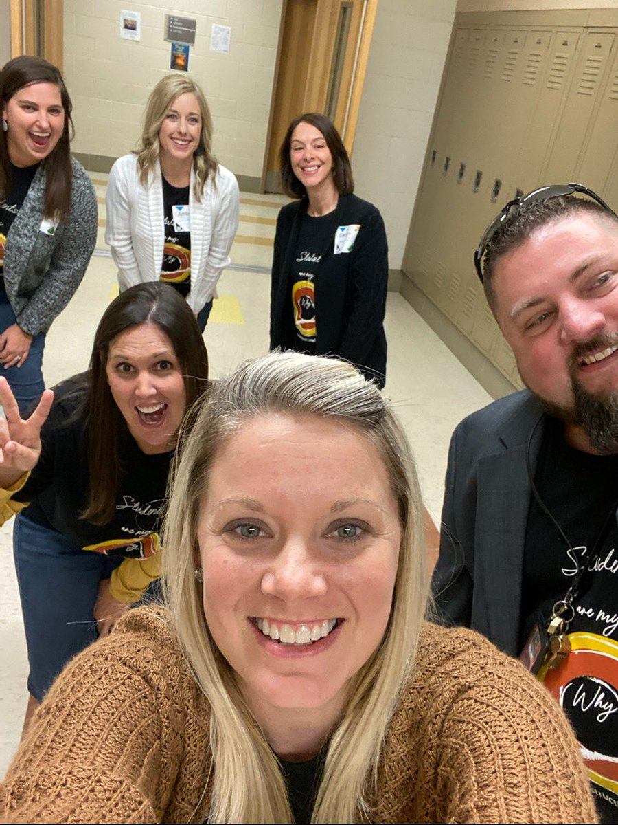 Today was an amazing day of learning and presenting at #TLES19 with @CarriRosebrough @readinglifer  @StaciRay19  @James_Larimore  and Daralynn!!! I ❤️ our coaching team! #wearebranson #instructionalcoaches #bransonhope