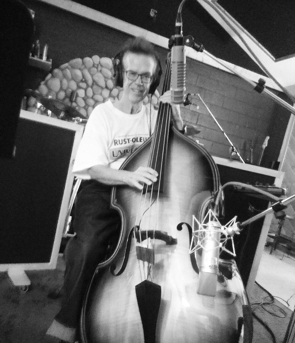 "test Twitter Media - The One & Only JOHNNY ""SPAZ"" HATTON (Brian Setzer Orchestra / The BBB) In The Doghouse Studio. One Of The Best! @johnspazzhatton @briansetzer59 #rockabilly #bassplayer #bassist #BBBfeaturingBernieDresel #slapbass #standupbass https://t.co/TPilWhdBVJ"