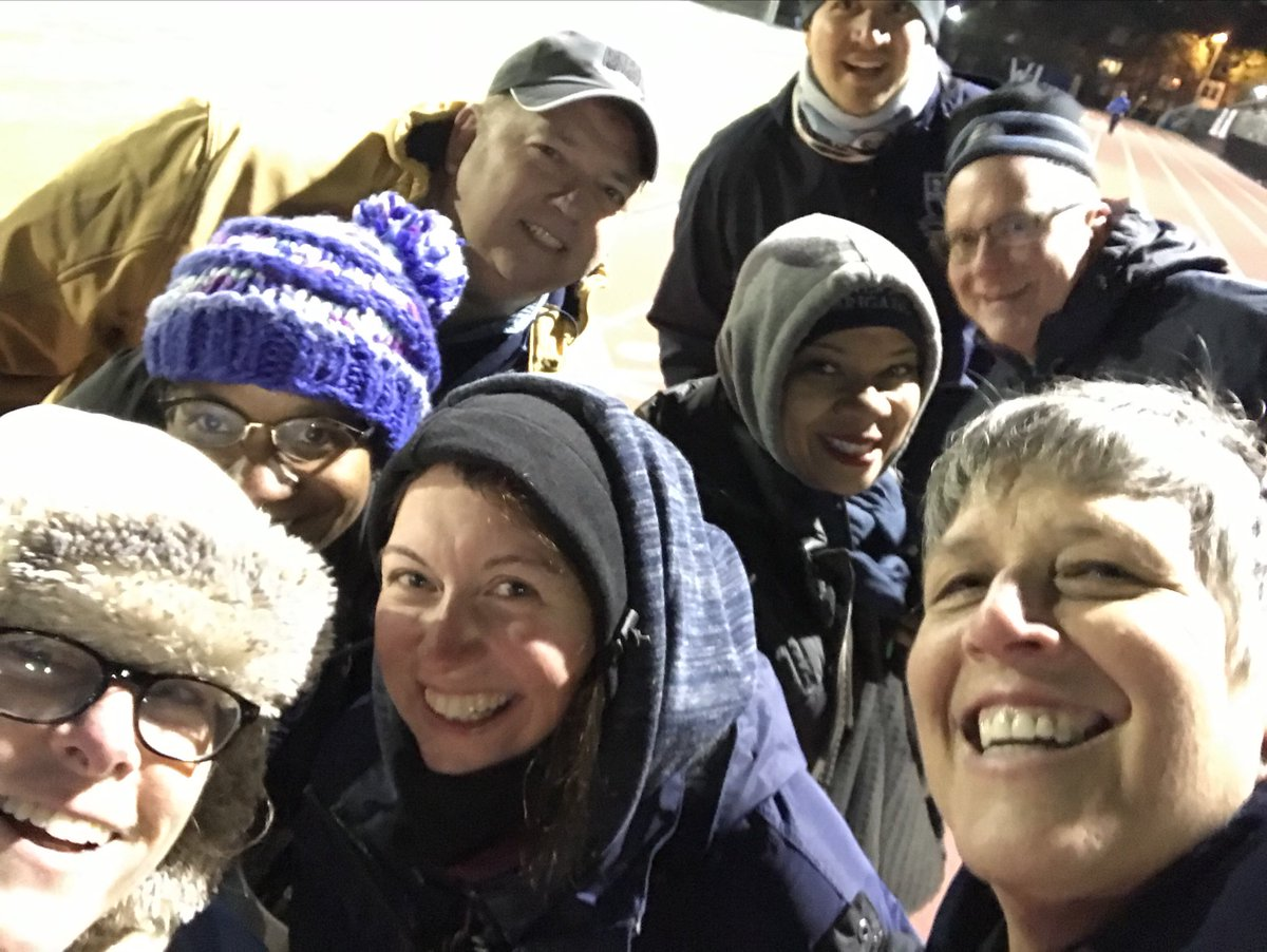 WL admin ready to warm up. ⁦<a target='_blank' href='http://twitter.com/WLHSPrincipal'>@WLHSPrincipal</a>⁩ ⁦<a target='_blank' href='http://twitter.com/WLHSAthletics'>@WLHSAthletics</a>⁩ <a target='_blank' href='https://t.co/2mhDJy5648'>https://t.co/2mhDJy5648</a>