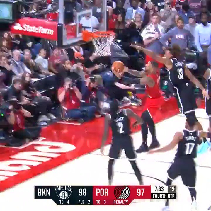 ⌚️ @Dame_Lillard goes off for a new career-high 60 PTS on 19-33 shooting. #RipCity https://t.co/zguYBz32HG