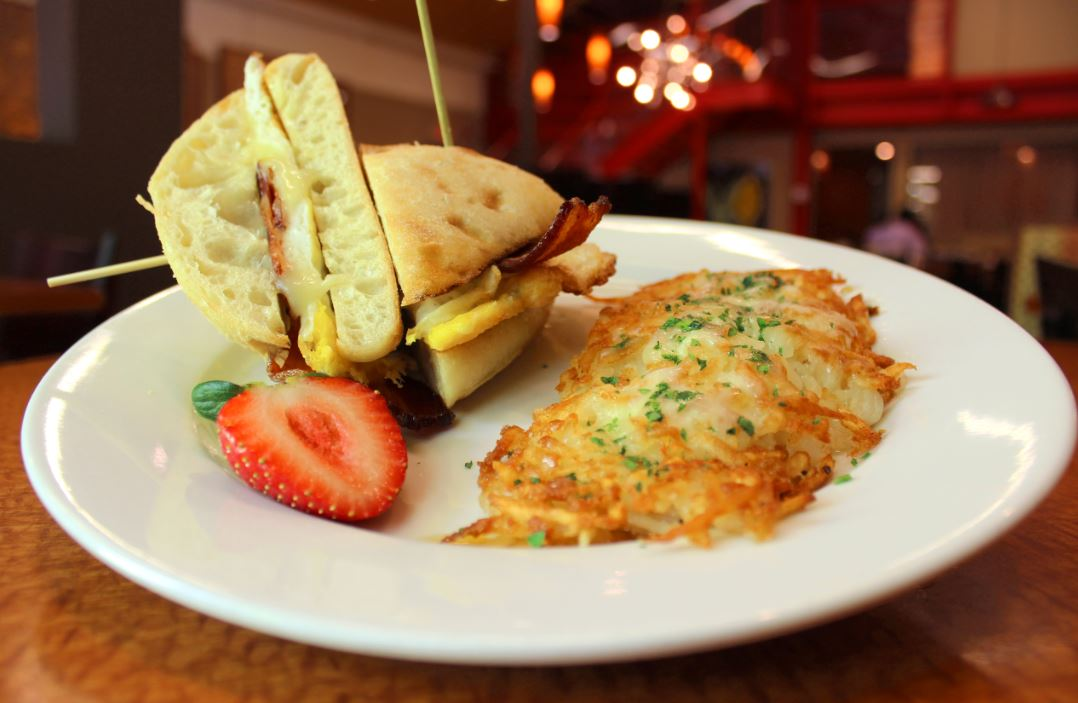 It's a great day for brunch!  #abq #nmtrue #abqfoodie<br>http://pic.twitter.com/gnd8el5kwP