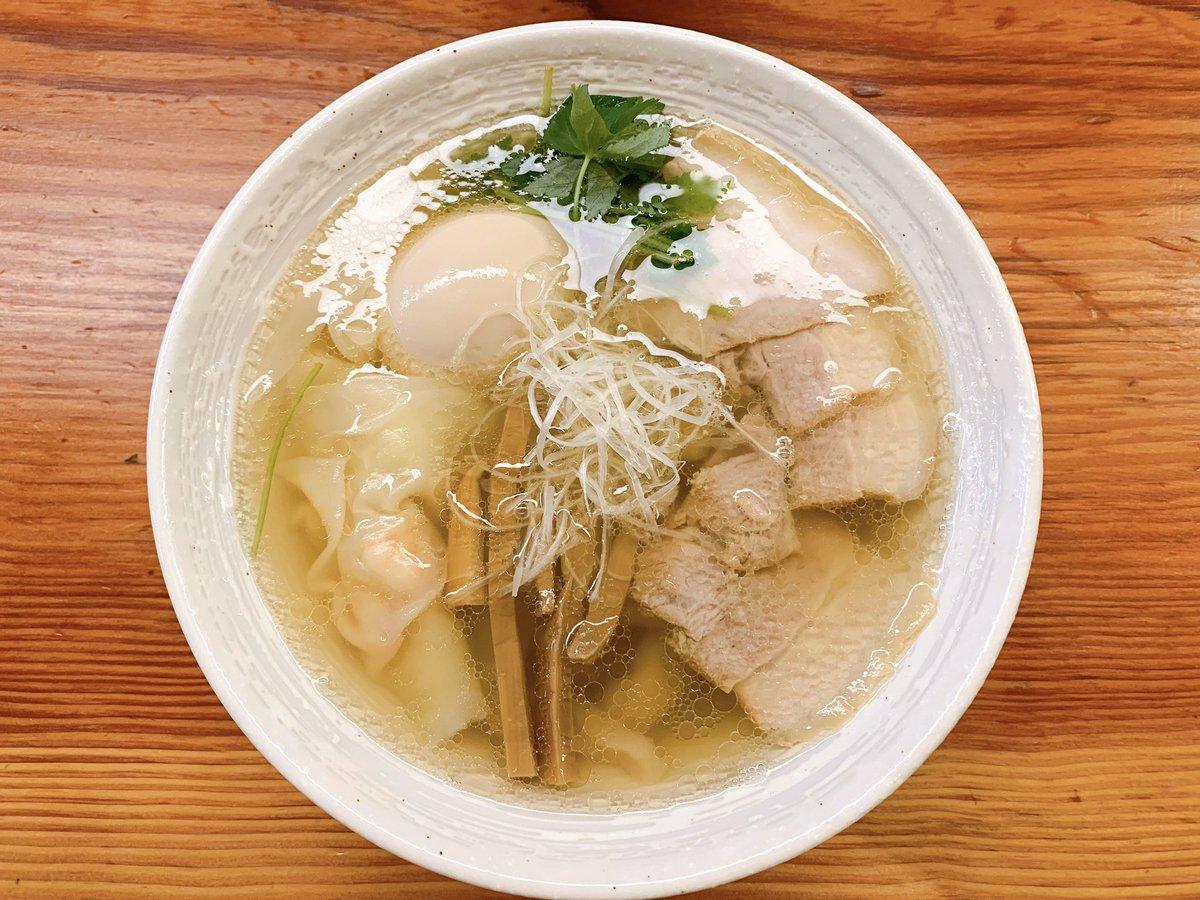 【朗報】下北沢の『麺と未来』には全ての人間を虜にする禁断の塩ラーメンがある模様