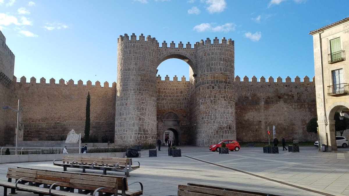Daytime or nighttime? Avila, Spain #travel #night #photography #weekendvibes #SaturdayMotivation