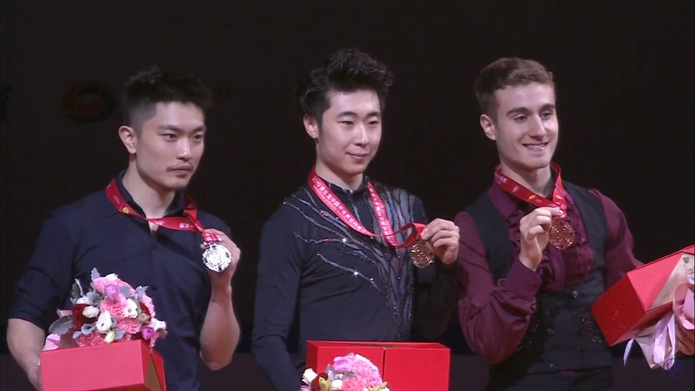GP - 4 этап. Cup of China Chongqing / CHN November 8-10, 2019 - Страница 12 EI8MgdcX0AM6TAm?format=jpg&name=large