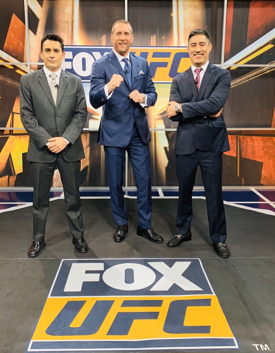 Iniciamos UFC desde Rusia. 11:00 am. Fox Sports. @mariodelgadorzm @GersonMarlon @insideufc_foxmx  @ERIFERCA https://t.co/KdhTjlk4EG