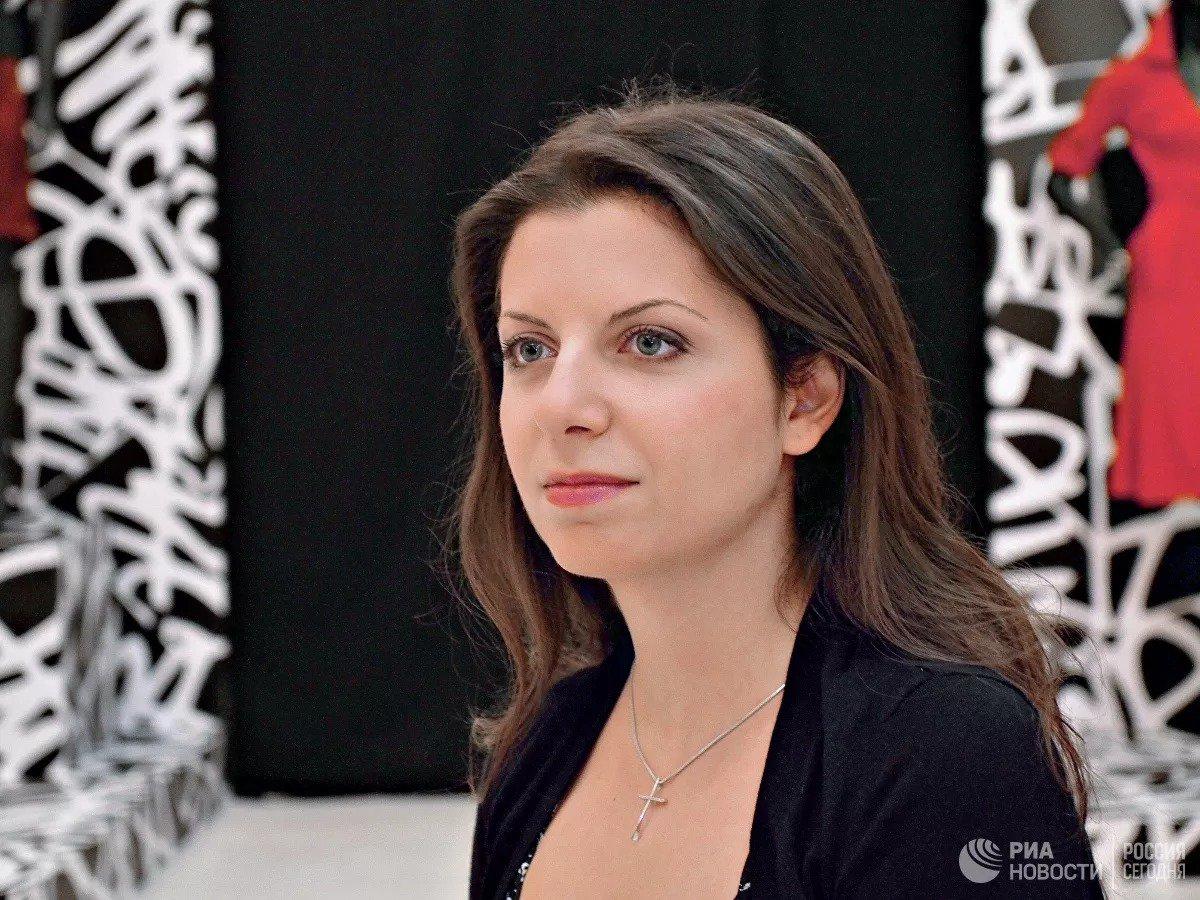 Симоньян заявила, что для борьбы с коррупцией в России нужна нацпрограмма  https://ria.ru/20191109/1560759281.html…