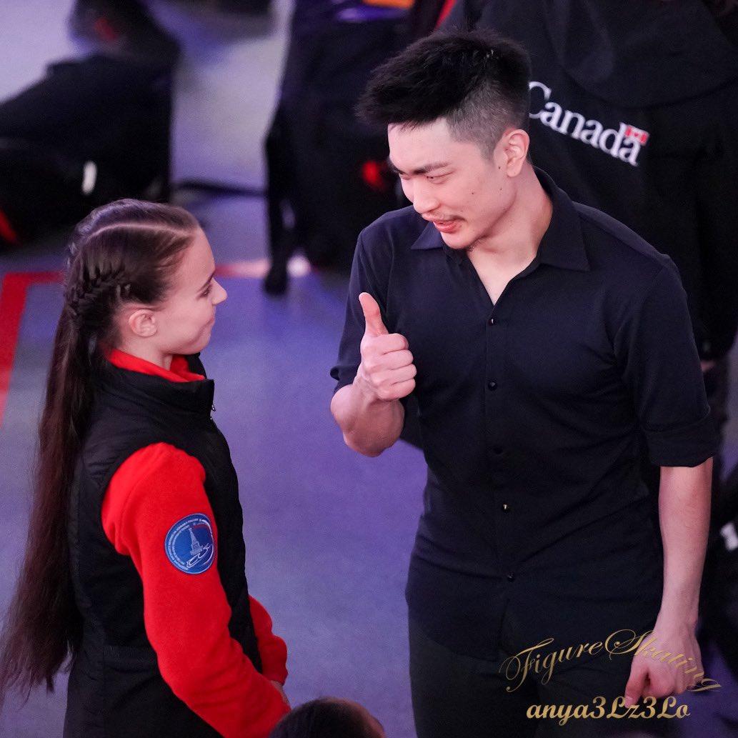 GP - 4 этап. Cup of China Chongqing / CHN November 8-10, 2019 - Страница 13 EI8gTkDUcAApCwZ?format=jpg&name=medium