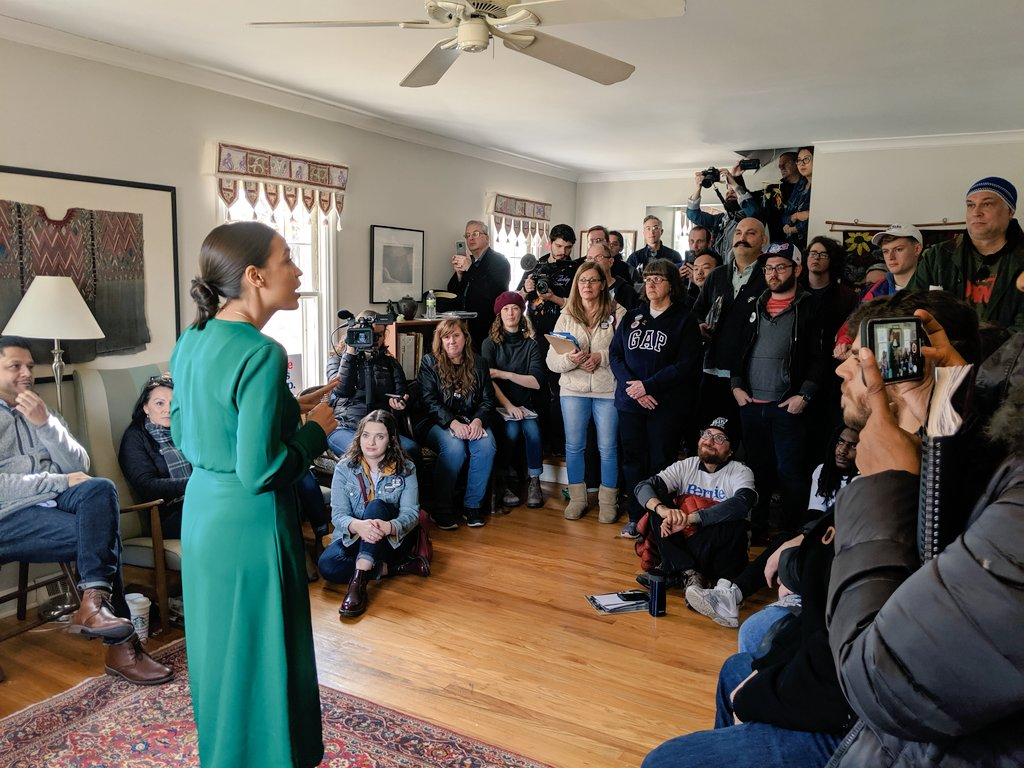 Rep. @AOC is helping to launch a canvass today in Des Moines. This wknd Team Bernie in Iowa will knock more than 20,000 doors. As Rep. AOC says, we arent here to watch the polls, we are here to change the polls.We change the polls by knocking doors #IACaucus #Bernie2020