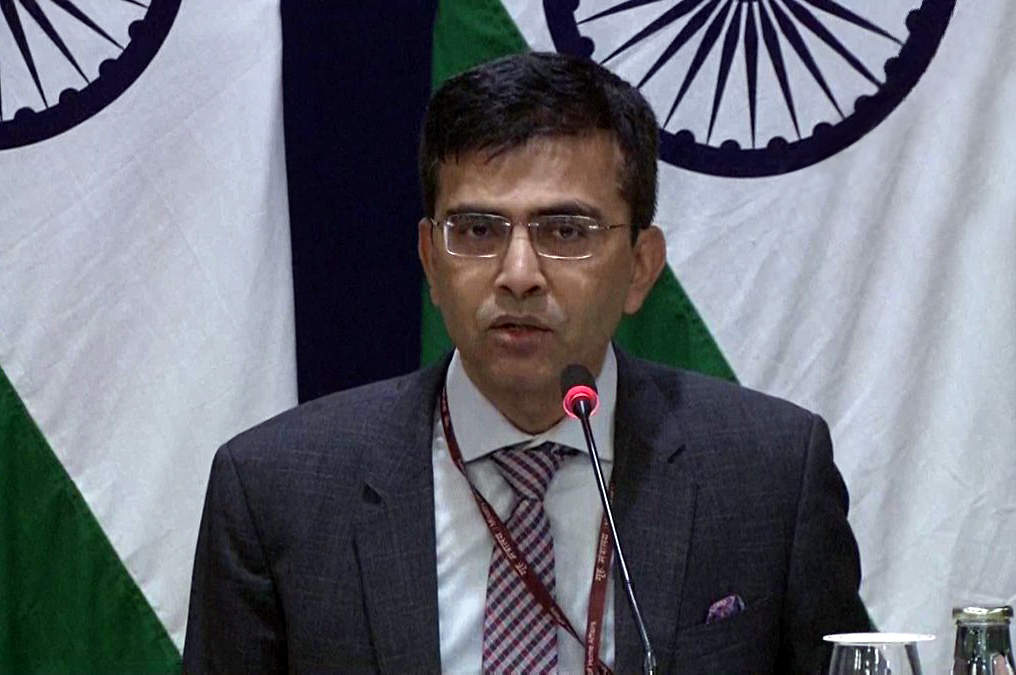 'Pathological compulsion' to comment on internal affairs: India on Pakistan's #AyodhyaVerdict remarks http://toi.in/SQ1ccY35/a24gk